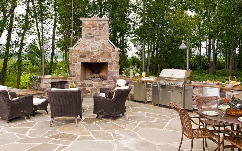 People Who Like To Entertain Guests Often Prefer An Outdoor Kitchen Because The Food Preparation Area And Seating Socializing Areas Are Combined Making It